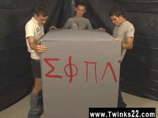Gay video This time frat-twinks Nick Angels, Braden Fox and Jesse Jacobs