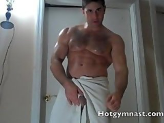 Straight Stud big balls stroke while talking about fucking girls!