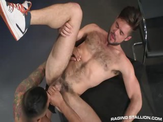 Boomer Banks plus Mike De Marko - Free Gay Porn near to Ragingstallion - episode 129537