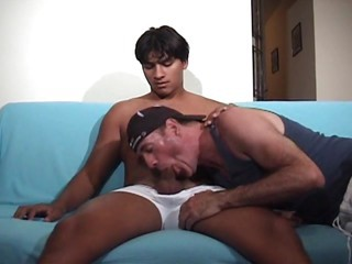 HUNG Latino watches carpet munch porn obtains BJ