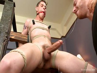 Sam Truitt - Free Gay Porn about to Menonedge - video 122827