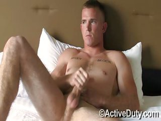 Cowboy James Solo - Free Gay Porn on the edge of Activeduty - Video 119658
