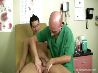 Mikey - Free Gay Porn nearly Collegeboyphysicals - Video 128337