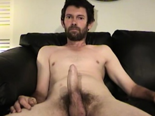 Mature Amateur Daniel Jacking Off