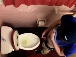 18 boys gays fuck porn movie Unloading In The Toilet Bowl
