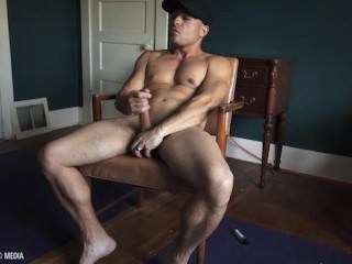 Muscle Stud Jacks Off