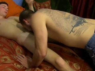 Gay jocks strips and vacuums a twinks cock