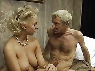 Videos von retrobangxxx.com