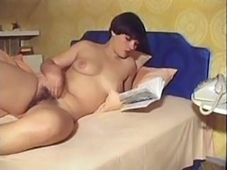 Video từ retroporn80.com