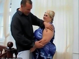 Video dari gobbwxxx.com