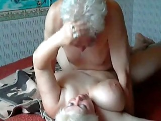 Videos van oldwomanporn.net