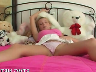 Videos from teentubexxxl.com