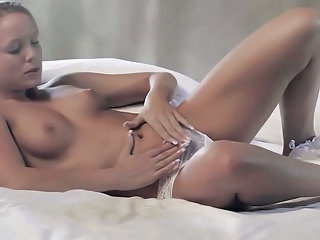 Babe Cute Masturbating Solo