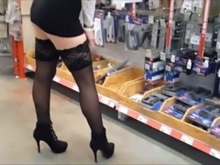 Amateur Legs Public Stockings