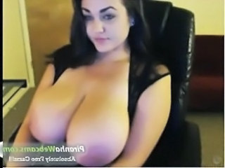 Babe Big Tits Webcam