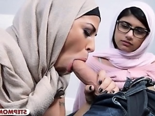 Arab  Blowjob Clothed Daughter Mom Old and Young Pornstar Threesome