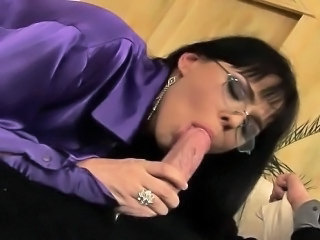 Blowjob Brunette Clothed European Glasses Italian
