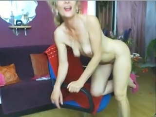 Mature Mom Webcam