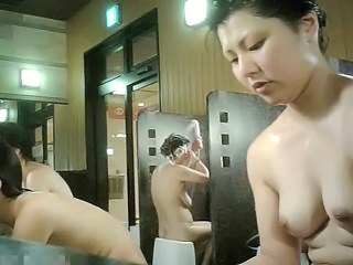 Asian Japanese Mature Showers Voyeur