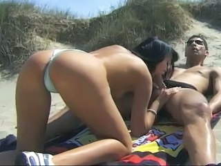 Amazing Beach Blowjob Brunette  Outdoor Panty