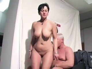 Amateur Brunette European German Mature Natural Older Wife