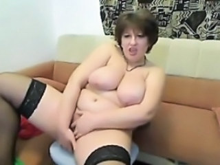 Amateur Big Tits Chubby Masturbating Mature Mom Stockings