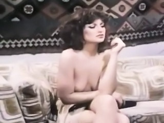 Brunette Cute  Pornstar Vintage Wife