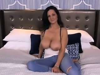 Amazing Big Tits Brunette Cute Jeans