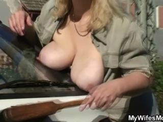 Big Tits Car Mature Mom Natural Nipples Outdoor