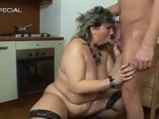 Blowjob Chubby Kitchen Mature Mom Stockings