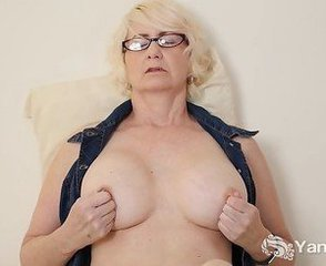 Blonde Glasses Masturbating Mature Natural Pussy