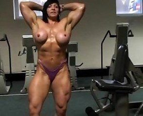 Big Tits Mature Muscled Sport