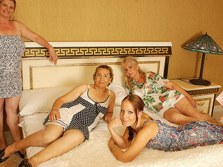 Groupsex Lesbian Mature Mom Old and Young Teen