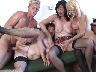 Groupsex Hardcore Mature Old and Young Shaved Stockings