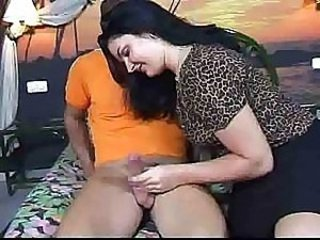 Amateur  European Handjob  Spanish