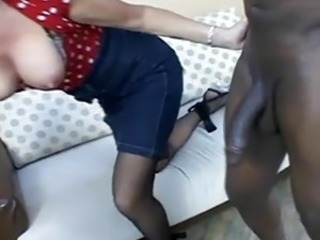Big Tits Interracial  Mom Natural Old and Young