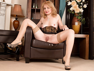 Amazing European Italian Masturbating Mature Stockings