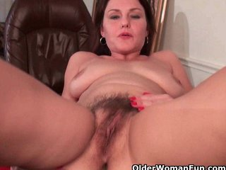 Hairy Mature Pornstar Pussy