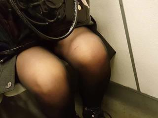 Mature Pantyhose Public Stockings Voyeur