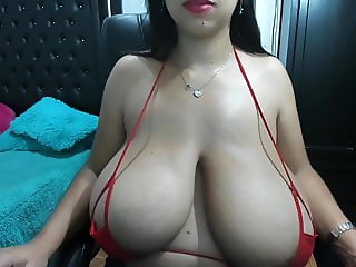 Big Tits Bikini Natural Webcam Wife