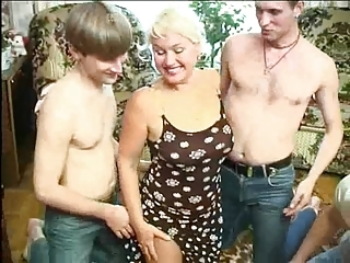 Family Hardcore Mature Mom Old and Young Threesome