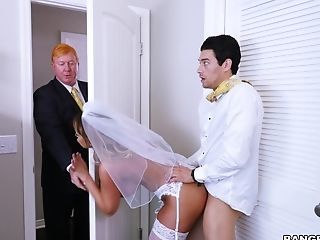 Amazing Anal Bride Doggystyle Family  Mom Old and Young