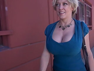 Amazing Big Tits Cash Mature