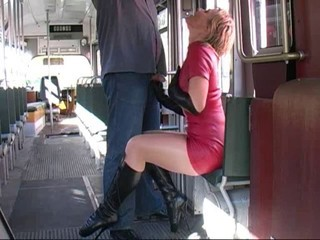 Blonde Bus Latex