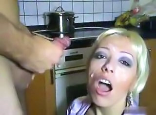 Amateur Cumshot Facial Kitchen