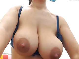 Big Tits Natural Nipples Webcam