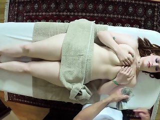 Babe Cash Massage