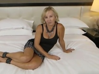 Amateur Casting Mature Mom