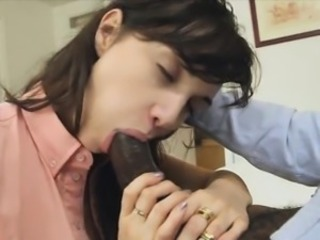 Horny babes Jazmyn and Paris Lichon love to fuck