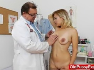 Karen the fucking-hot milf checks out whereby the Physician checks her shaved...